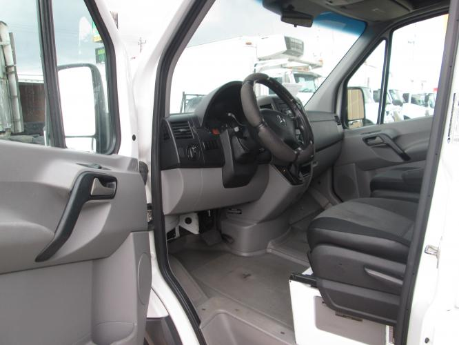2012 WHITE /GRAY MERCEDES BENZ SPRINTER with an V6 engine, AUTOMATIC transmission, located at 9172 North Fwy C, Houston, TX, 77037, (713) 910-6868, 29.894211, -95.411324 - Photo #12