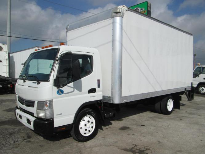 2012 WHITE /BLUE MITSUBISHI FUSO with an I4 engine, AUTOMATIC transmission, located at 9172 North Fwy C, Houston, TX, 77037, (713) 910-6868, 29.894211, -95.411324 - Photo #0