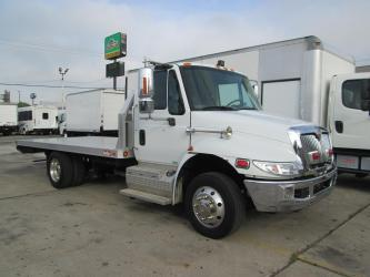 2011 INTERNATIONAL 4300 16' FLATBED